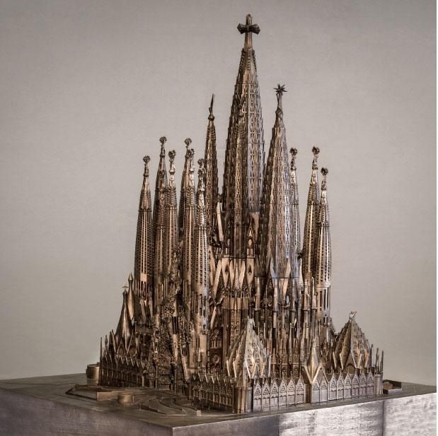 Maquete da Sagrada Família, que tem seu término de construção previsto para 2026.